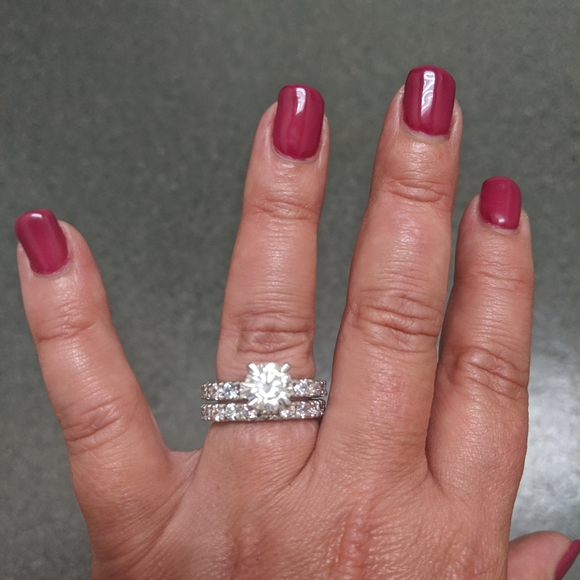 Jewelry - Forever One Moissanite wedding set